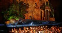 Rigoletto aux Chorégies d'Orange, de la langue bien pendue à la langue bien pendante
