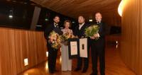 La Reine de Norvège remet les prix de son Concours de chant lyrique