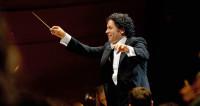 Un air de fraternité plane sur la Philharmonie sous la direction de Gustavo Dudamel
