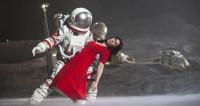 La Bohème dans l'espace, nouvel équipage, nouveau scandale