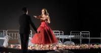 La Traviata, poignants fantômes et puissants mirages au Théâtre des Champs-Élysées