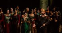 Macbeth et ses sorcières aux pieds de la Cathédrale de Reims
