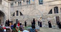 Concert déconfiné du Chœur de l'Opéra Grand Avignon au Palais des Papes
