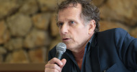 Charles Berling : « Le monde de la culture ne doit pas accepter »