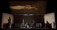 Rigoletto cartonne à Bastille
