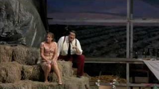 Heidi Grant Murphy et Ambrogio Maestri dans l'Elixir d'amour