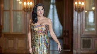Elina Garanca et Anna Netrebko chantent un extrait de La clémence de Titus