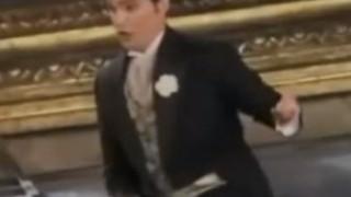 Francesco Demuro chante le Brindisi de La Traviata