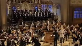 Elina Garanca chante un extrait de Cavalleria Rusticana