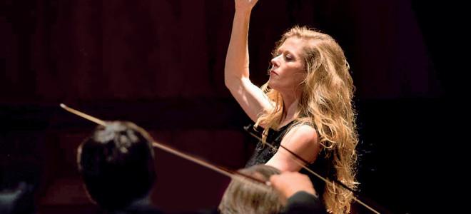 La Carrière du Libertin confirme la carrière de Barbara Hannigan à la baguette à la Philharmonie