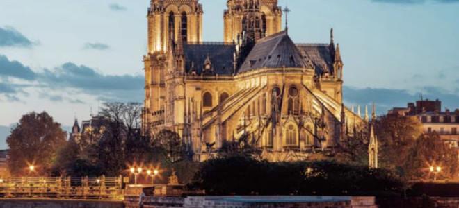 Un disque au profit de la reconstruction de Notre-Dame de Paris