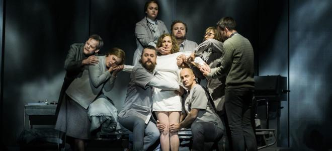 Plongée dans Koma à l'Opéra de Dijon : Épisode 3, Entre-deux mondes