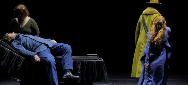 Tristan et Isolde par Katharina Wagner à Bayreuth, adieux sur les flots noirs