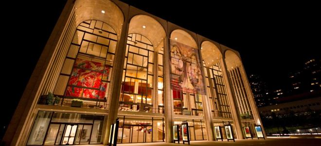 Le Metropolitan Opera de New York fermé jusqu'au Réveillon du Nouvel An