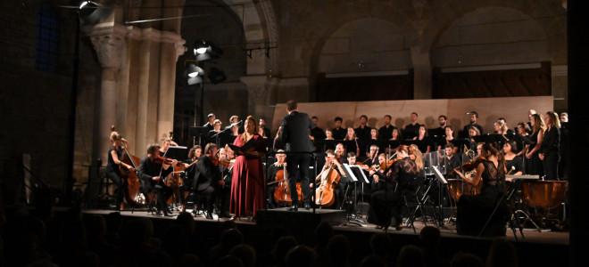 Un requiem allemand par Aedes et Les Siècles aux Rencontres Musicales de Vézelay