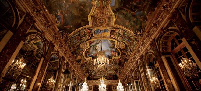 Le Stravaganze d'amore enflamment la Galerie des Glaces à Versailles