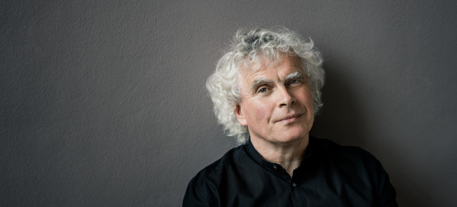 Sir Simon Rattle, Beethoven et Berg : un regard à travers le temps