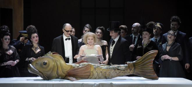 Yvonne, Princesse de Bourgogne revient ronger ses os dans son Palais Garnier
