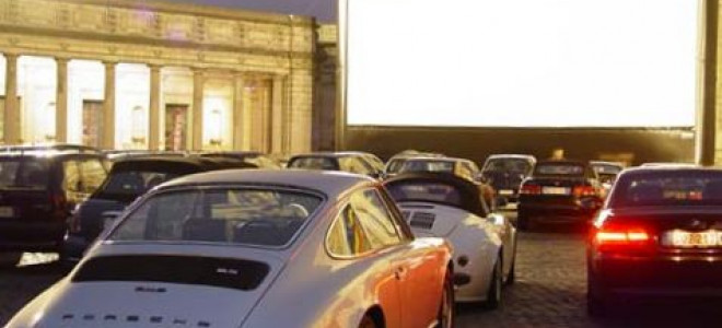 L'Opéra en Drive-In pour respecter les distances à l'English National Opera