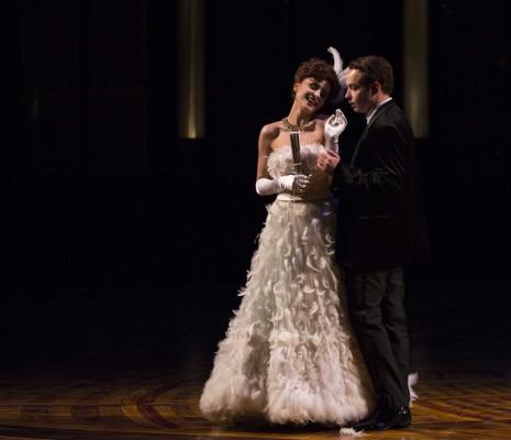 Valentina Nafornita et Stephen Costello dans La Veuve joyeuse