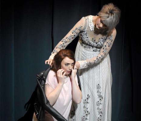 Aude Extrémo et Marie-Adeline Henry - La vie parisienne