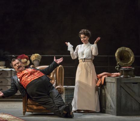 Bryn Terfel (Sir John Falstaff) et Aleksandra Kurzak (Mrs Alice Ford) - Falstaff par Dominique Pitoiset
