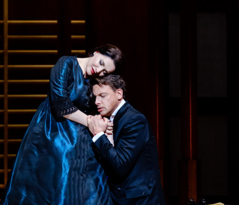 Don Carlos par Warlikowski - Hibla Gerzmava (Elisabeth de Valois) et Pavel Cernoch (Don Carlos)