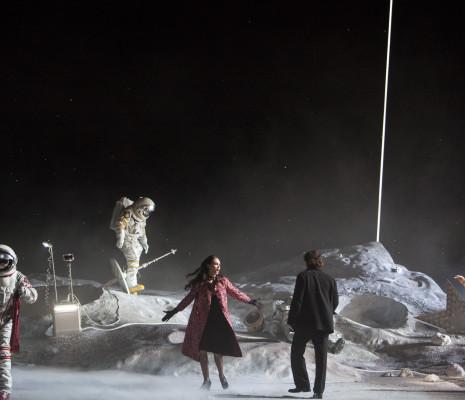 Aida Garifullina (Musetta), Artur Rucinski (Marcello) et Sonya Yoncheva (Mimi) - La Bohème par Claus Guth
