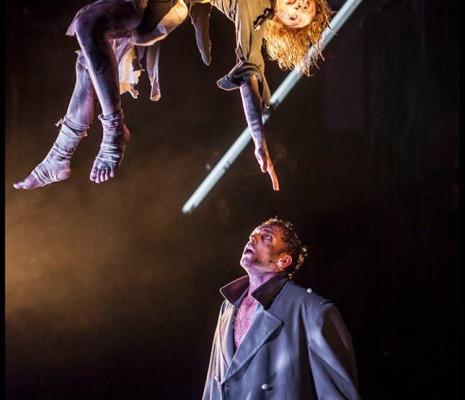 Guillaume Andrieux et Emmanuelle Grach - Le Balcon, par Damien Bigourdan