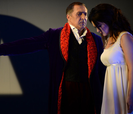 Paata Burchuladze et Olga Peretyatko - Les Contes d'Hoffmann par Jean-Louis Grinda