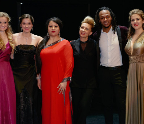 Caroline Jestaedt, Hélène Carpentier, Angélique Boudeville, Anas Seguin et Eva Zaïcik