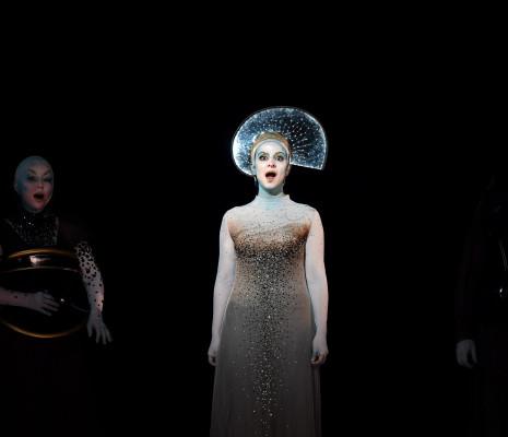 Khatouna Gadelia (Frasquita), Anaïk Morel (Carmen) - Carmen par Aik Karapetian
