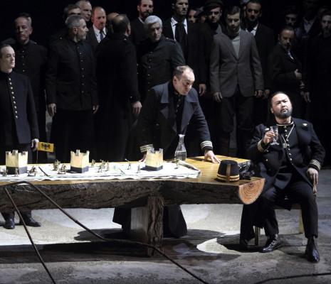 Adrian Eröd (Le héraut) Thomas Gazheli (Telramund) Samuel Youn (Le Roi) - Lohengrin par Louis Désiré
