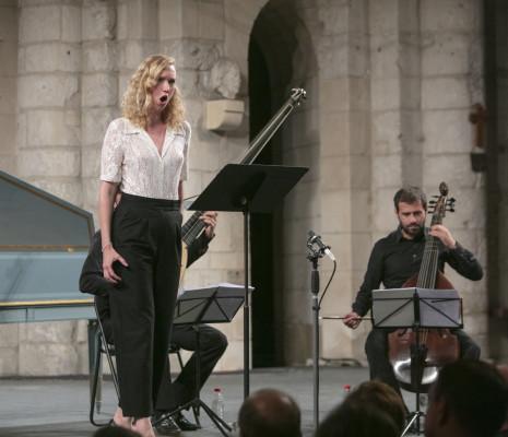 Deborah Cachet & L'Achéron à Saintes