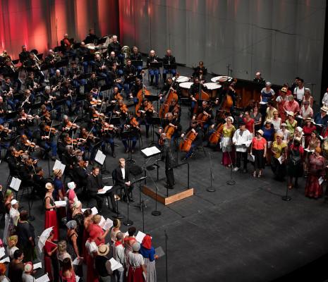 Le Concert Spirituel, Arnaud Richard, Enguerrand de Hys, Hervé Niquet, l'Orchestre et l'Harmonie de la Garde républicaine - Les Cris de Paris
