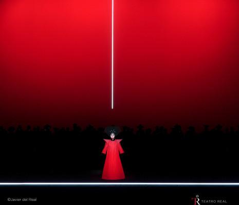 Iréne Theorin - Turandot par Robert Wilson