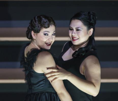 Aigul Akhmetshina & Haegee Lee - Carmen par Barrie Kosky