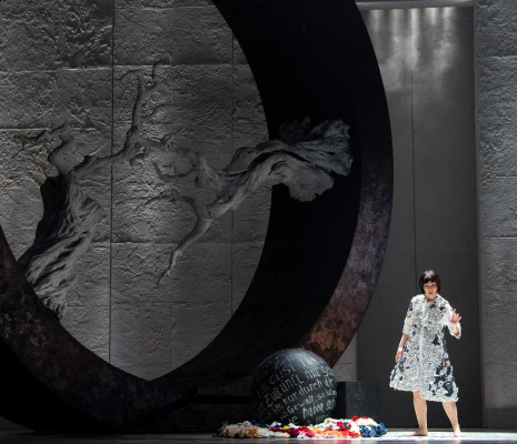 Anne-Catherine Gillet - Faust par Stefano Poda