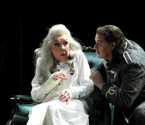Felicity Palmer & Aleksandrs Antonenko - La Dame de Pique par Stefan Herheim