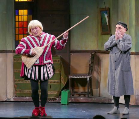 Yvan Rebeyrol et Dominique Desmons dans Le Petit Faust