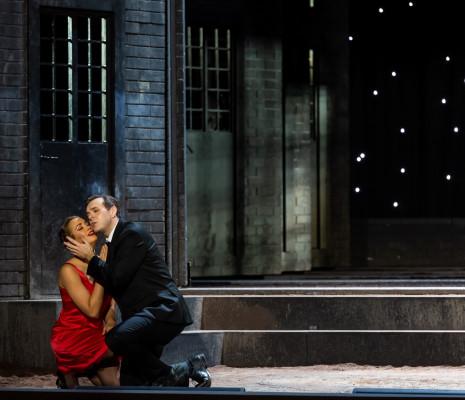 Nadine Sierra & Benjamin Bernheim - Manon par Olivier Py