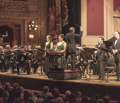 Oriana Favaro, Guadalupe Barrientos, Santiago Ballerini et Lucas Debevec Mayer - Réquiem de Mozart au Teatro Colón