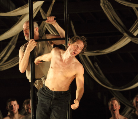 Christopher Gillett et Jacques Imbrailo -  Billy Budd par Deborah Warner