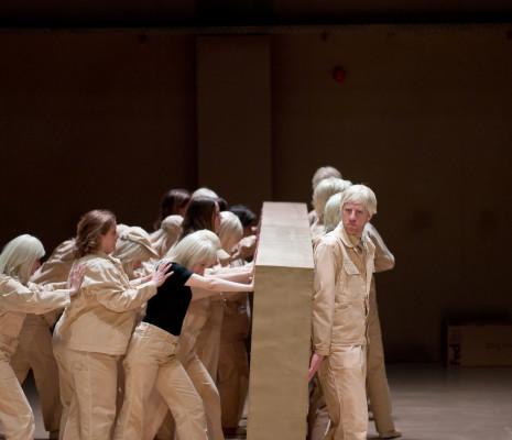 Aleksandra Olczyk & Tijl Faveyts - La Flûte enchantée par Romeo Castellucci