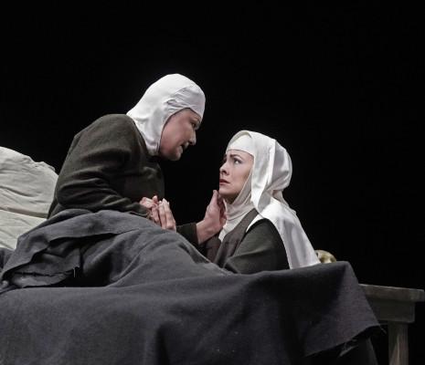 Karita Mattila & Isabel Leonard - Dialogues des Carmélites par John Dexter