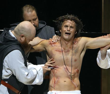 Martin Homrich, Timo Riihonen et Ryan McKinny - Parsifal par Uwe-Eric Laufenberg à Bayreuth