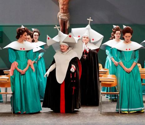 Les Mousquetaires au couvent cover