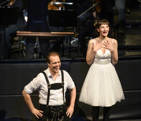 Thomas Blondelle et Sarah Defrise dans Candide