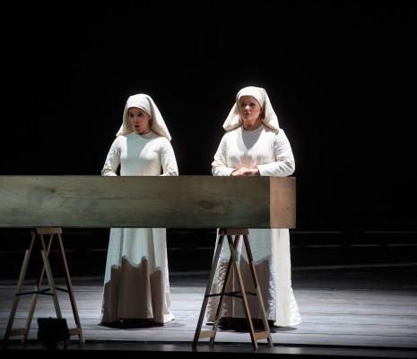 Jodie Devos & Anaïs Constans - Dialogues des Carmélites par Olivier Py