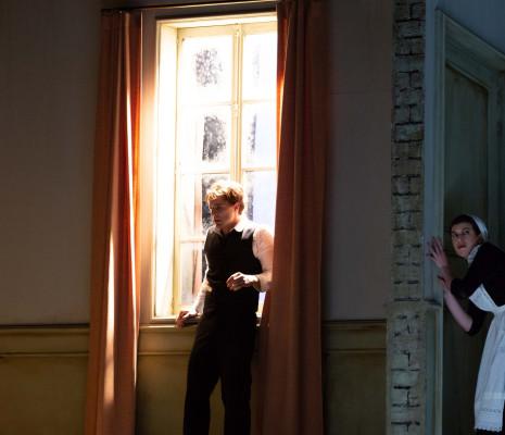 Allen Boxer & Anna Piroli - Les Châtiments